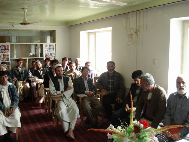 2006 11 19 inauguration paravet training in Mazar 6