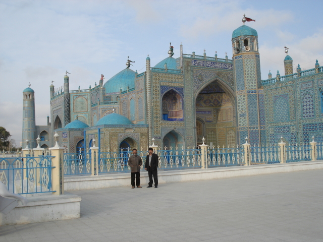 2006 11 19 shrine and mosque - Mazar 5