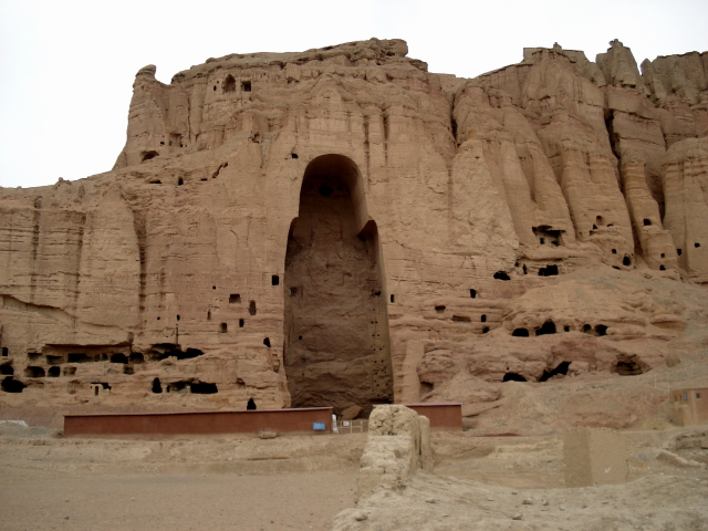 2006 12 02 this is Bamyan 2 - Grote Buddha